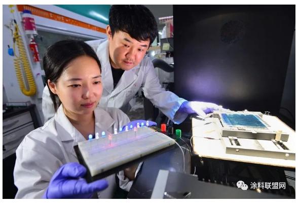 最新消息!韩国研发太阳能光伏涂料,可涂在汽车外部以提供能量